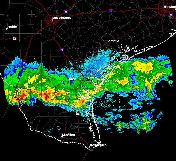 Radar Image for Severe Thunderstorms near El Cenizo, TX at 4/11/2017 8:33 PM CDT