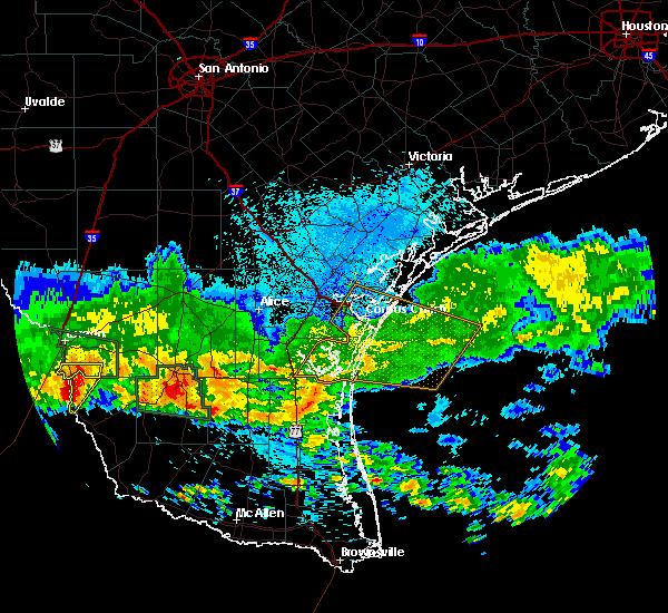 Radar Image for Severe Thunderstorms near El Cenizo, TX at 4/11/2017 8:54 PM CDT