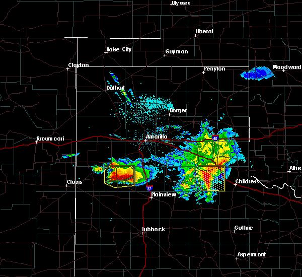 Radar Image for Severe Thunderstorms near Dimmitt, TX at 4/14/2017 9:32 PM CDT