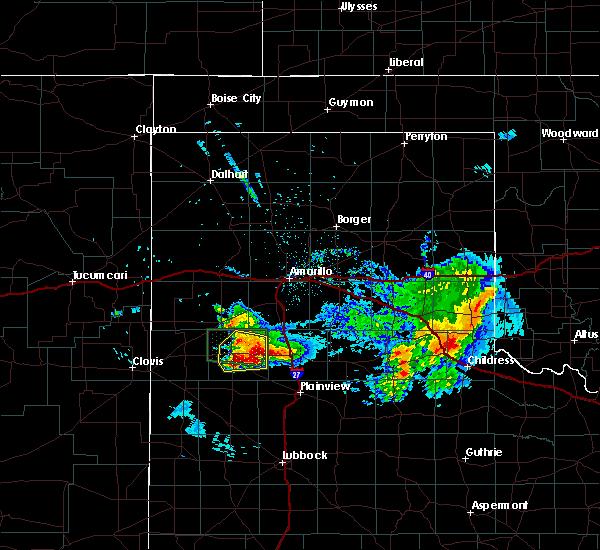Radar Image for Severe Thunderstorms near Dimmitt, TX at 4/14/2017 10:09 PM CDT