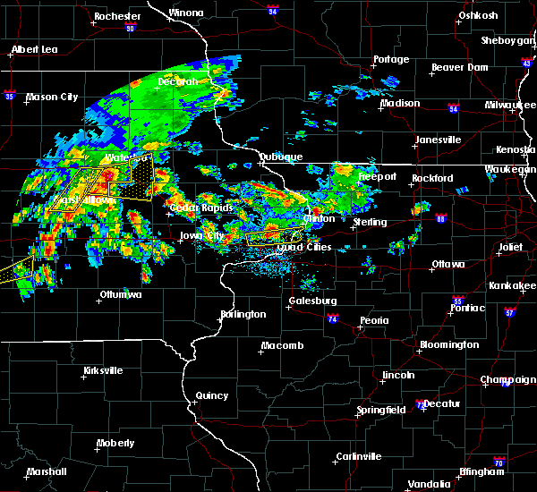 Radar Image for Severe Thunderstorms near Rowley, IA at 4/15/2017 7:27 PM CDT