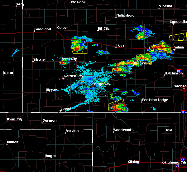 Radar Image for Severe Thunderstorms near Protection, KS at 4/15/2017 8:04 PM CDT