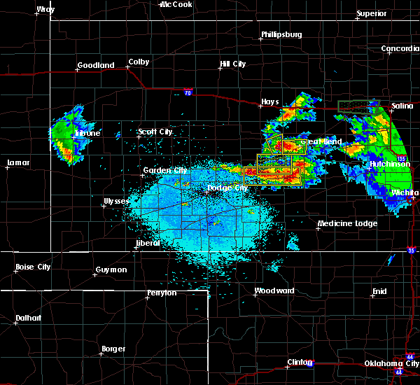 Radar Image for Severe Thunderstorms near Great Bend, KS at 4/15/2017 10:23 PM CDT