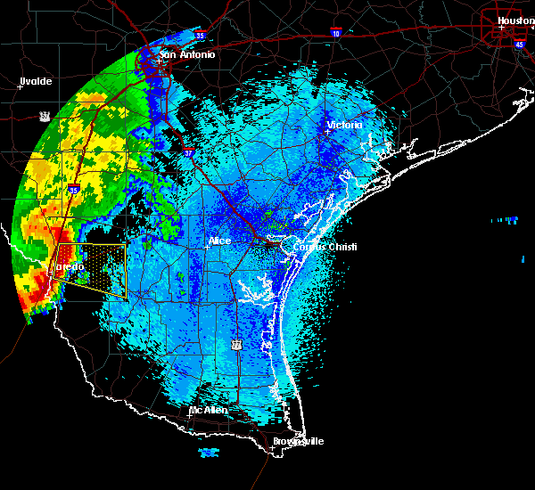 Radar Image for Severe Thunderstorms near Laredo Ranchettes, TX at 4/17/2017 2:28 AM CDT