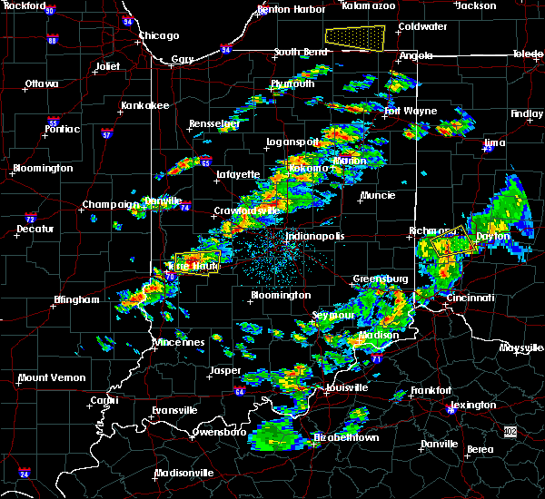 Radar Image for Severe Thunderstorms near Greencastle, IN at 4/20/2017 4:37 PM EDT