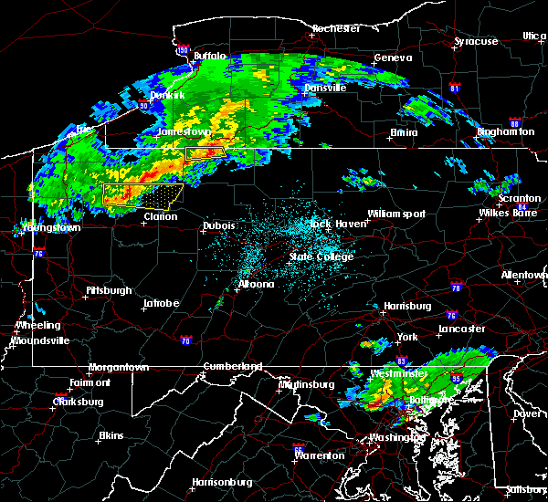 Radar Image for Severe Thunderstorms near Hasson Heights, PA at 4/20/2017 8:58 PM EDT