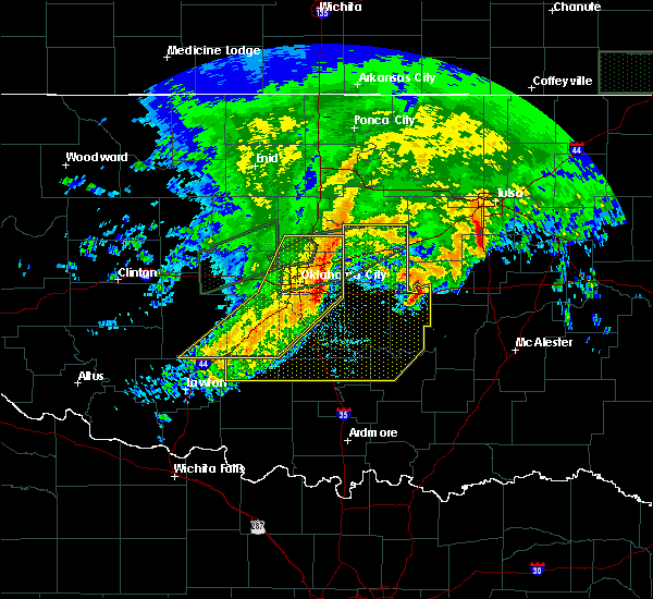 Radar Image for Severe Thunderstorms near Prague, OK at 4/21/2017 9:46 AM CDT