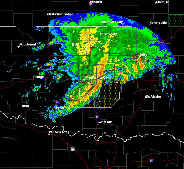 Radar Image for Severe Thunderstorms near Prague, OK at 4/21/2017 10:04 AM CDT