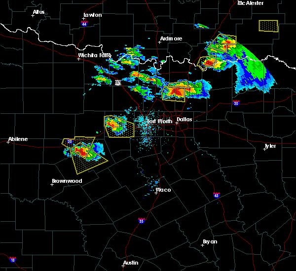 Radar Image for Severe Thunderstorms near Gunter, TX at 4/21/2017 8:28 PM CDT