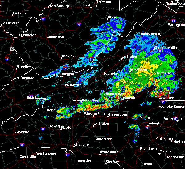 Radar Image for Severe Thunderstorms near Blairs, VA at 4/22/2017 3:52 PM EDT