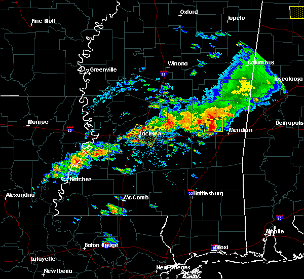 Radar Image for Severe Thunderstorms near Brandon, MS at 4/22/2017 5:01 PM CDT