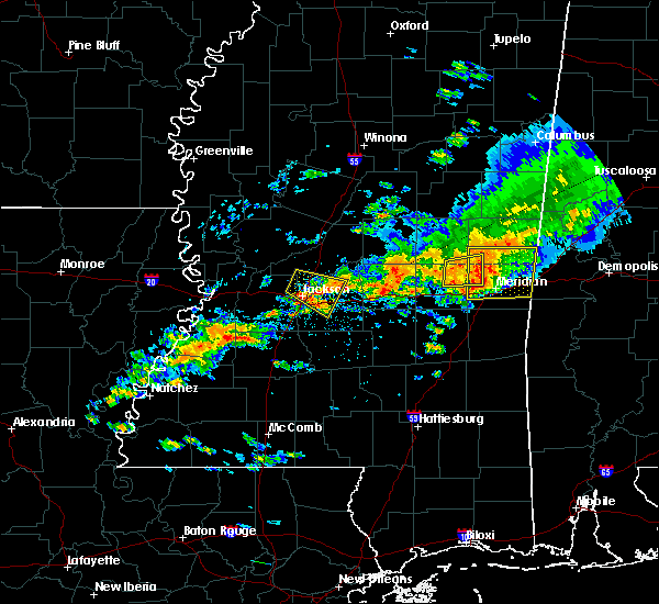 Radar Image for Severe Thunderstorms near Lauderdale, MS at 4/22/2017 5:23 PM CDT