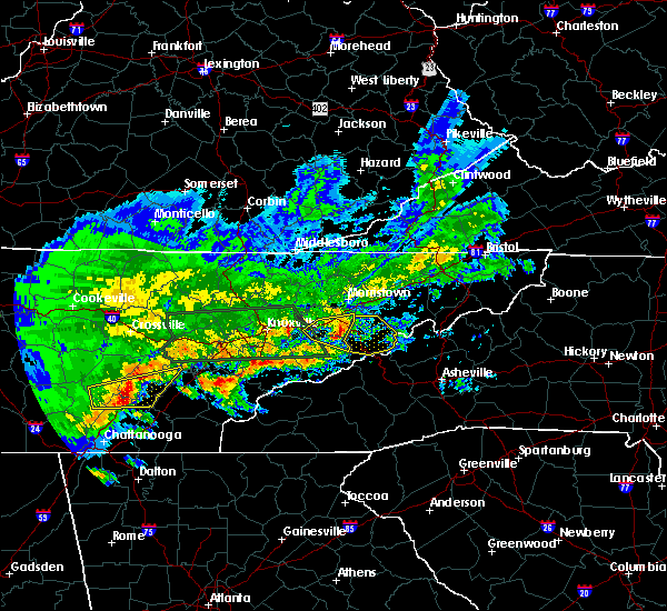 Radar Image for Severe Thunderstorms near Newport, TN at 4/22/2017 6:23 PM EDT
