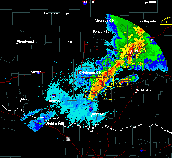 Radar Image for Severe Thunderstorms near Cromwell, OK at 4/25/2017 11:14 PM CDT