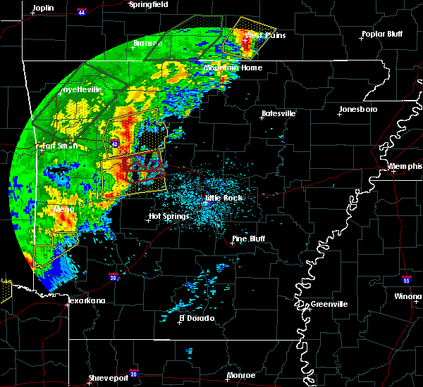 Radar Image for Severe Thunderstorms near Ola, AR at 4/26/2017 10:11 AM CDT