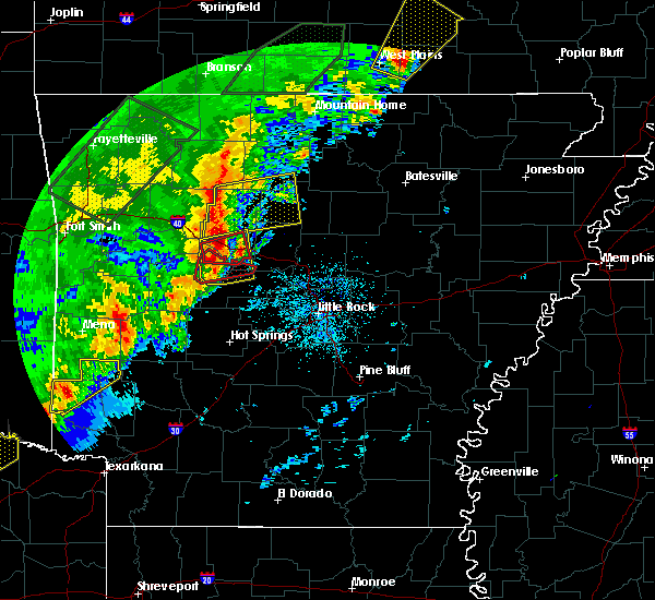 Radar Image for Severe Thunderstorms near Ola, AR at 4/26/2017 10:20 AM CDT