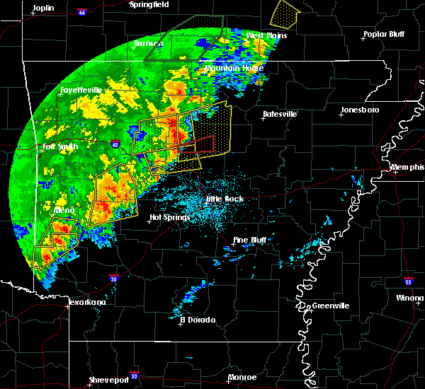 Radar Image for Severe Thunderstorms near Clinton, AR at 4/26/2017 10:48 AM CDT