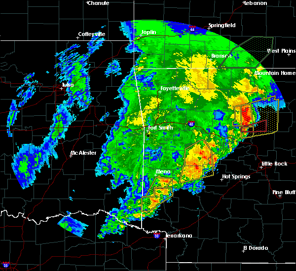 Radar Image for Severe Thunderstorms near Wickes, AR at 4/26/2017 10:57 AM CDT