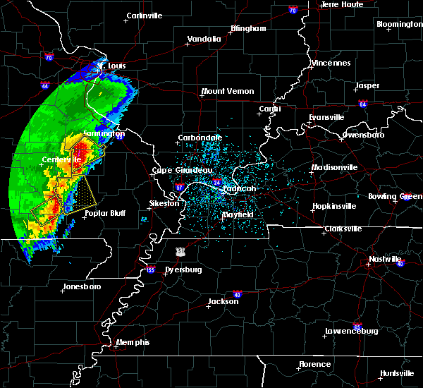 Radar Image for Severe Thunderstorms near Williamsville, MO at 4/26/2017 12:52 PM CDT