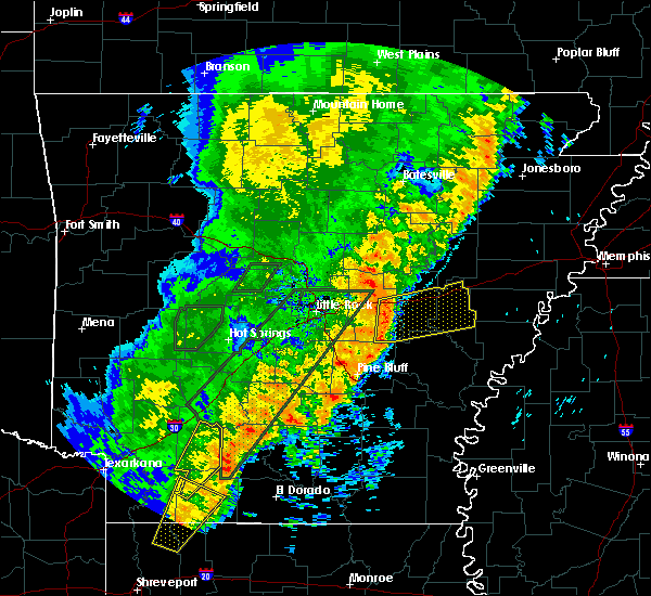 Radar Image for Severe Thunderstorms near Wheatley, AR at 4/26/2017 4:12 PM CDT