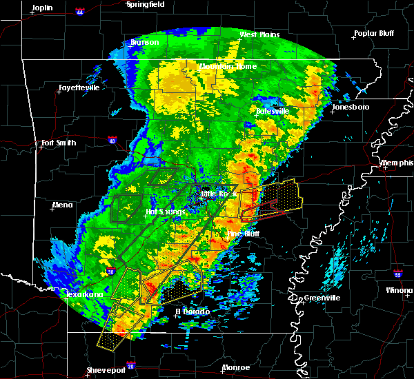 Radar Image for Severe Thunderstorms near Wheatley, AR at 4/26/2017 4:24 PM CDT