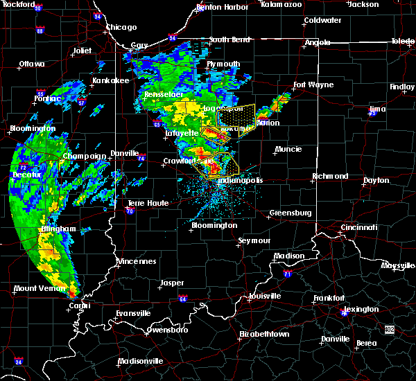 Radar Image for Severe Thunderstorms near Indian Heights, IN at 4/26/2017 7:51 PM EDT