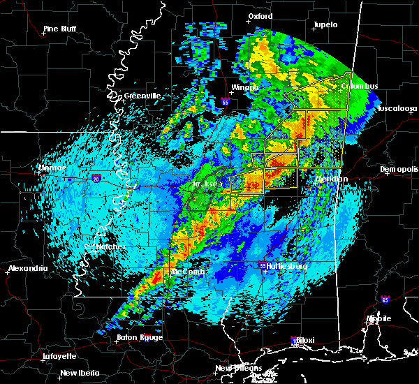 Radar Image for Severe Thunderstorms near Newton, MS at 4/26/2017 11:16 PM CDT