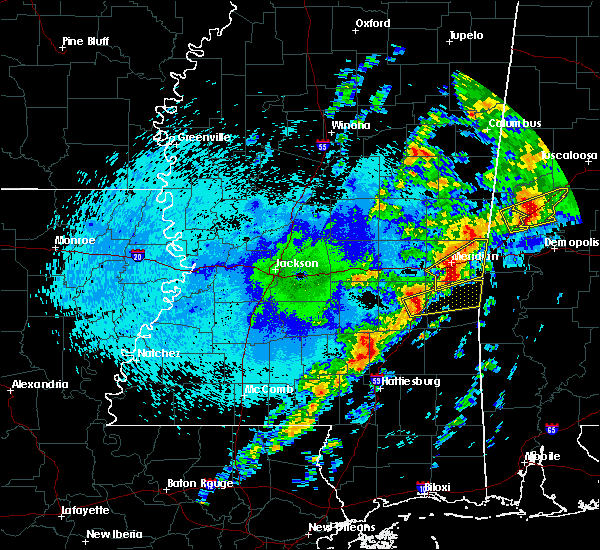 Radar Image for Severe Thunderstorms near Lauderdale, MS at 4/27/2017 12:46 AM CDT