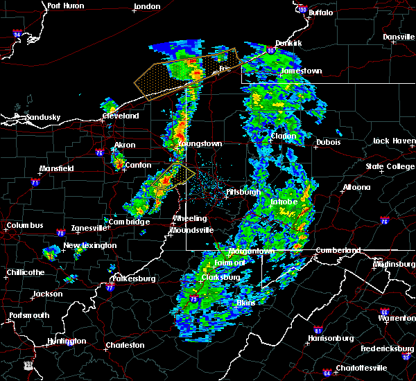 Radar Image for Severe Thunderstorms near Rogers, OH at 4/27/2017 5:52 PM EDT
