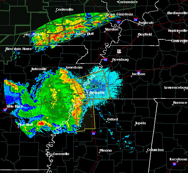 Radar Image for Severe Thunderstorms near West Memphis, AR at 4/29/2017 8:06 PM CDT
