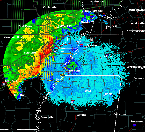 Radar Image for Severe Thunderstorms near Paragould, AR at 4/30/2017 1:28 AM CDT