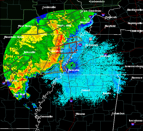 Radar Image for Severe Thunderstorms near Blytheville, AR at 4/30/2017 2:04 AM CDT