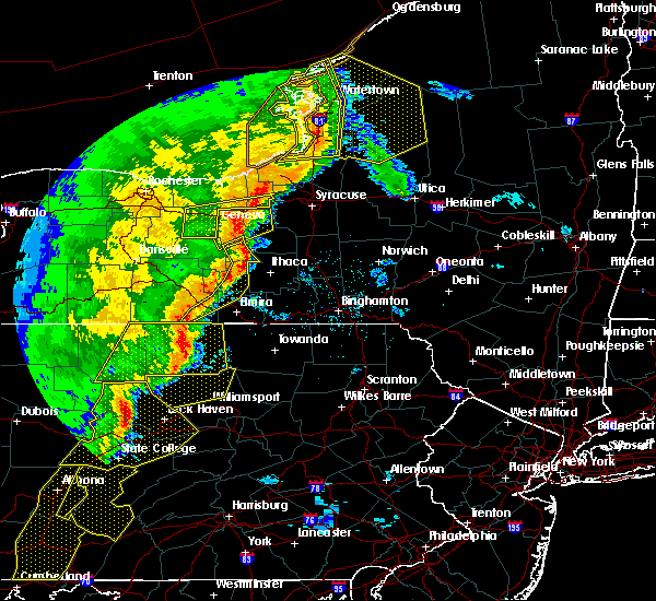Radar Image for Severe Thunderstorms near Auburn, NY at 5/1/2017 6:14 PM EDT