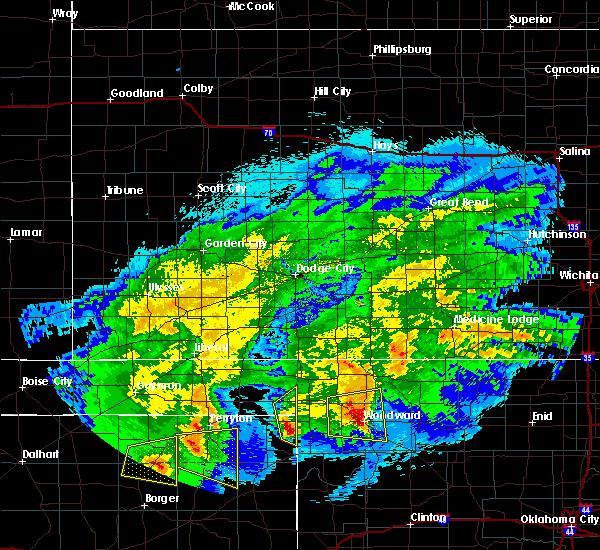 Radar Image for Severe Thunderstorms near Follett, TX at 5/3/2017 12:11 AM CDT