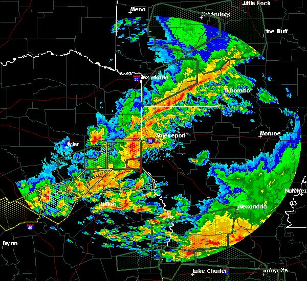Radar Image for Severe Thunderstorms near Elkhart, TX at 5/3/2017 4:45 PM CDT