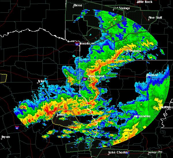Radar Image for Severe Thunderstorms near Elkhart, TX at 5/3/2017 5:20 PM CDT