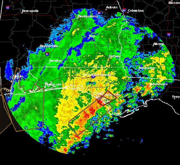 Radar Image for Severe Thunderstorms near Panama City, FL at 5/4/2017 6:51 AM CDT