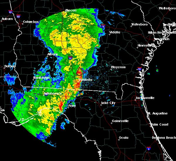 Radar Image for Severe Thunderstorms near Nashville, GA at 5/4/2017 12:37 PM EDT