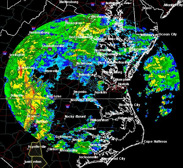 Radar Image for Severe Thunderstorms near Charlotte Court House, VA at 5/5/2017 5:11 AM EDT