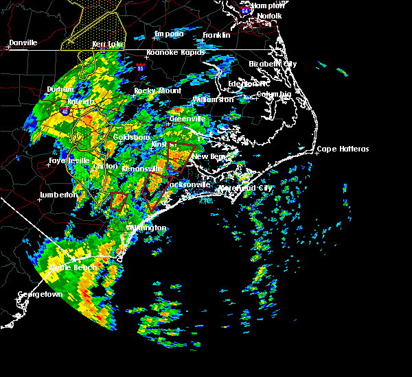 Radar Image for Severe Thunderstorms near Jacksonville, NC at 5/5/2017 5:42 AM EDT
