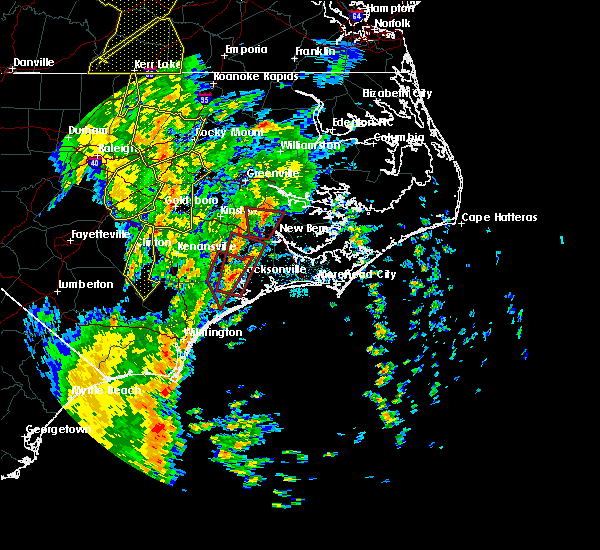 Radar Image for Severe Thunderstorms near Jacksonville, NC at 5/5/2017 6:00 AM EDT