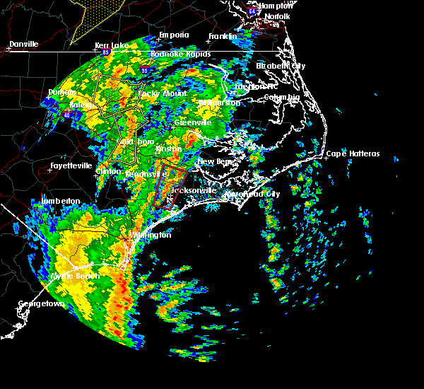 Radar Image for Severe Thunderstorms near Jacksonville, NC at 5/5/2017 6:13 AM EDT