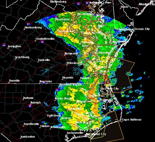 Radar Image for Severe Thunderstorms near Heathsville, VA at 5/5/2017 8:46 AM EDT