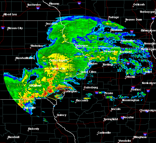Radar Image for Severe Thunderstorms near Mediapolis, IA at 5/10/2017 3:48 PM CDT