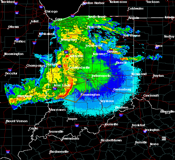 Radar Image for Severe Thunderstorms near Paragon, IN at 5/10/2017 11:04 PM EDT