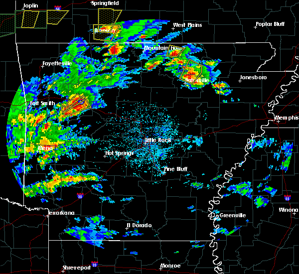Radar Image for Severe Thunderstorms near Salem, AR at 5/11/2017 3:56 PM CDT