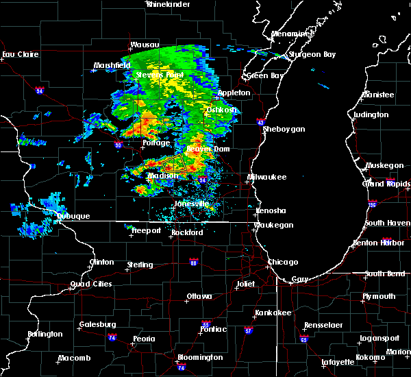 Radar Image for Severe Thunderstorms near Fall River, WI at 5/15/2017 4:41 PM CDT