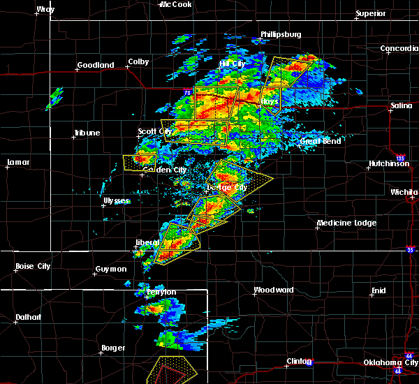 Radar Image for Severe Thunderstorms near Jetmore, KS at 5/16/2017 4:52 PM CDT