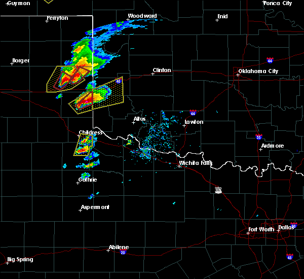 Radar Image for Severe Thunderstorms near Childress, TX at 5/16/2017 5:34 PM CDT