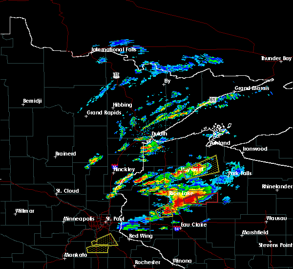 Radar Image for Severe Thunderstorms near Weyerhaeuser, WI at 5/16/2017 6:05 PM CDT
